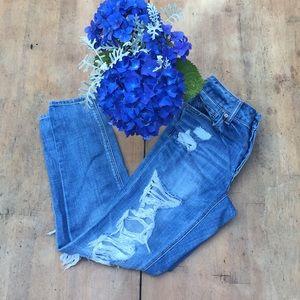 Anerican Eagle Boyfriend Jeans